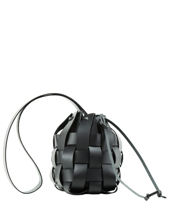 Torba-PANE-Woven-Basket-Bag-Black-1