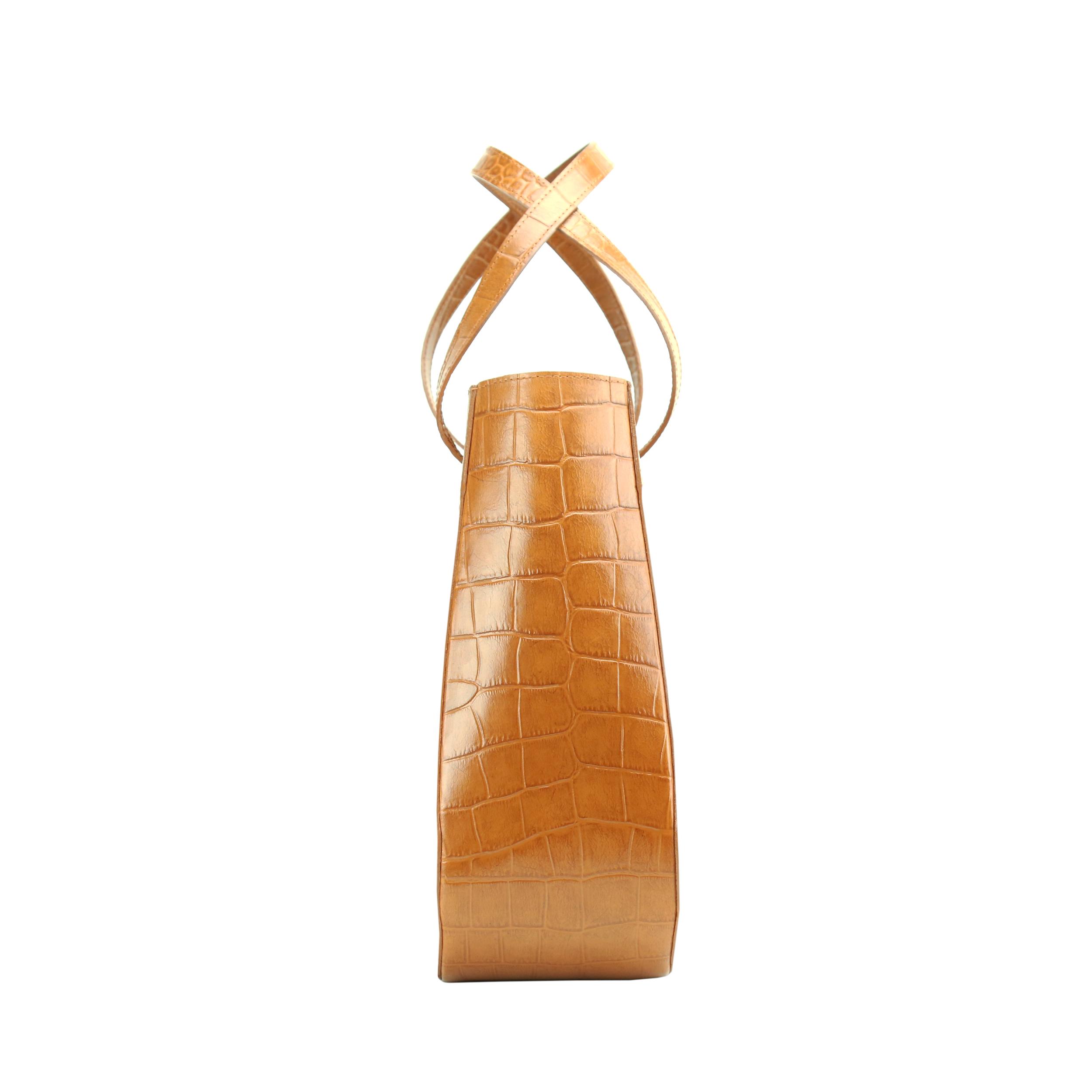 Lesa-Medium-Bag-Honey-3
