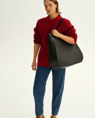 Molehill-Lookbook-Lesa-Large-Handbag-Black