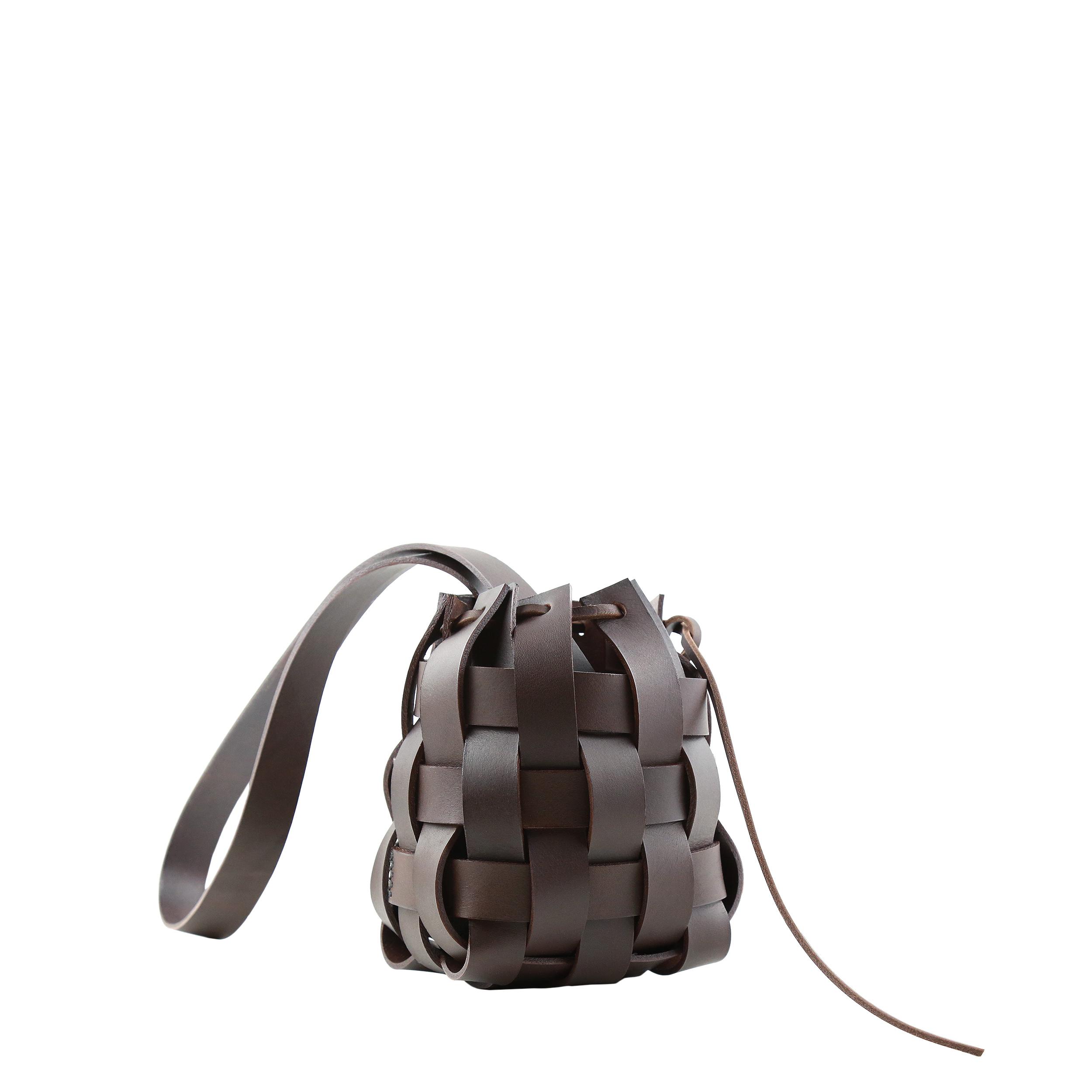 Pane Woven Basket Bag Dark Chocolate-1