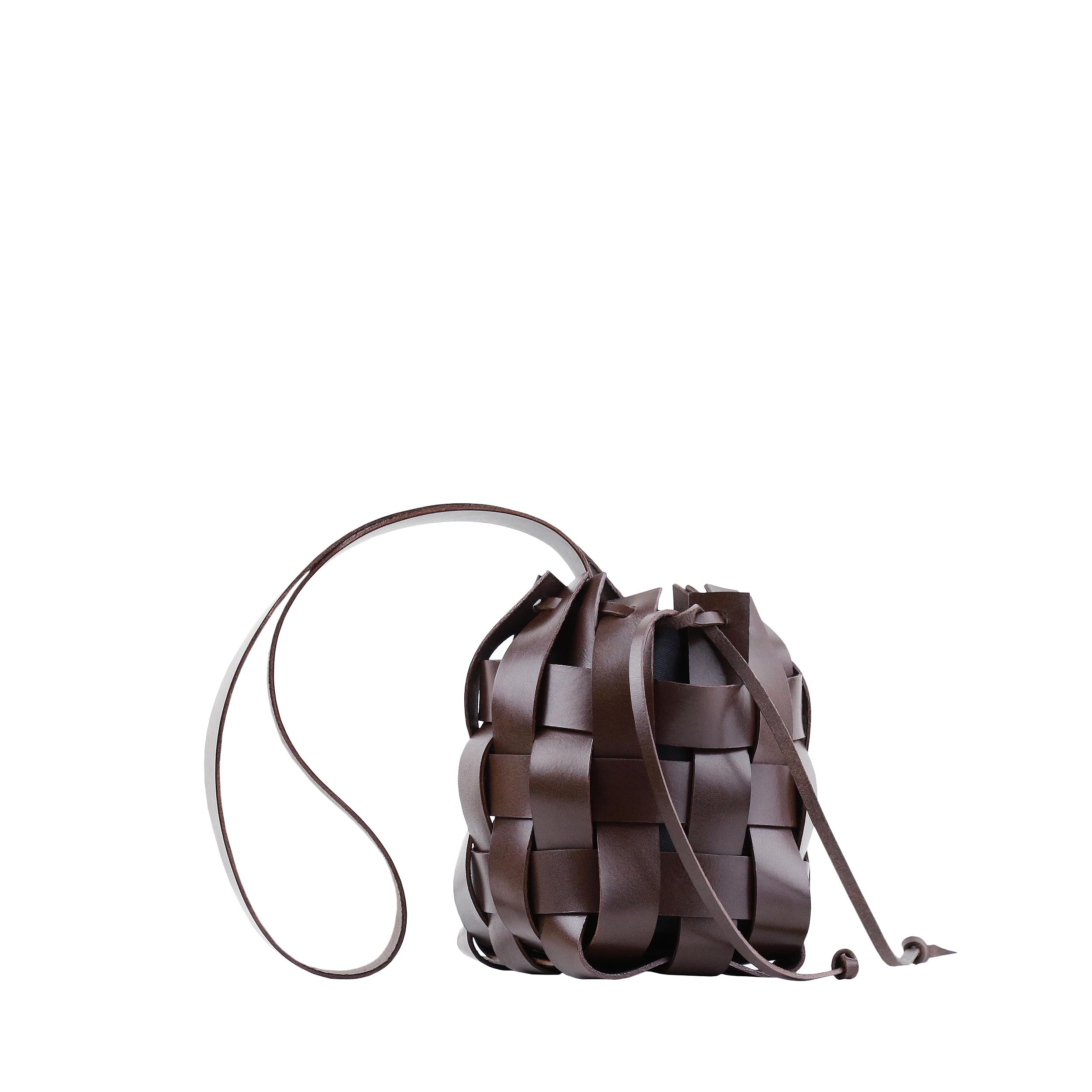 TorbaPANE Woven Basket Bag Dark Chocolate-1