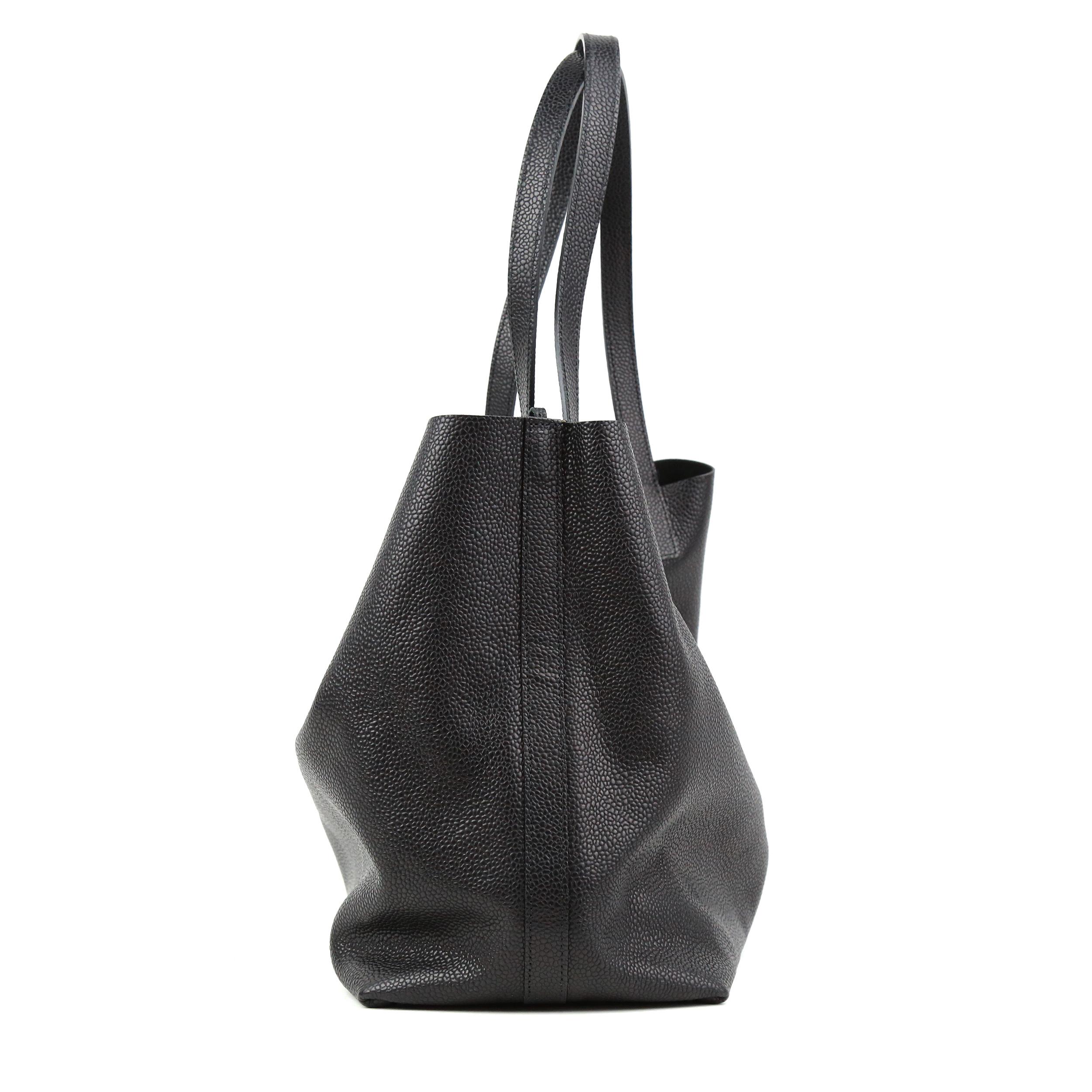 Shopper Black Grained Prototyp-3
